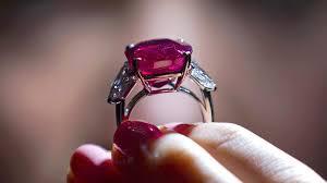Perhiasan Paling Mahal Dari Cartier